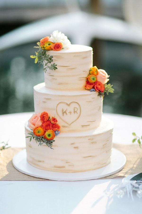 personalised-inscribed-wood-wedding-cake