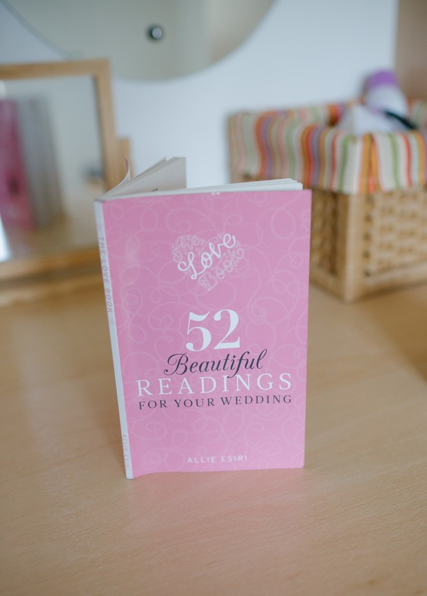 top-wedding-books-readings-pink