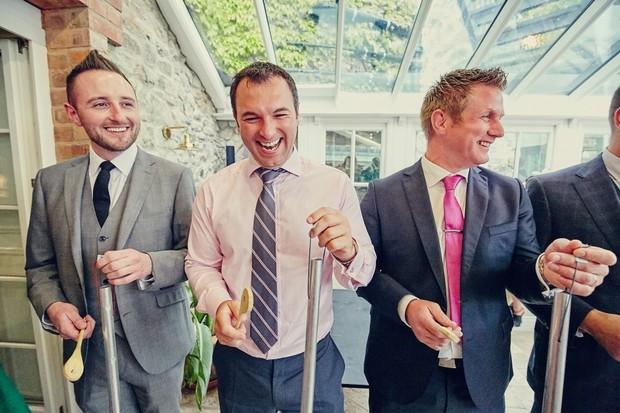 unusual-wedding-entertainment-ireland-guests