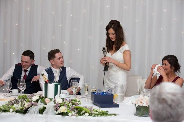 wedding-guests-enjoying-drinks-reception (5)