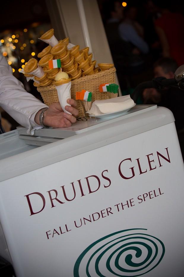 wedding-ice-cream-summer-druids-glen (1)