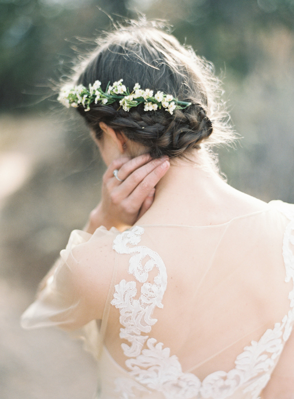 Tremendous Wedding Hairstyles 15 Fab Ways To Wear Flowers In Your Hair Short Hairstyles For Black Women Fulllsitofus