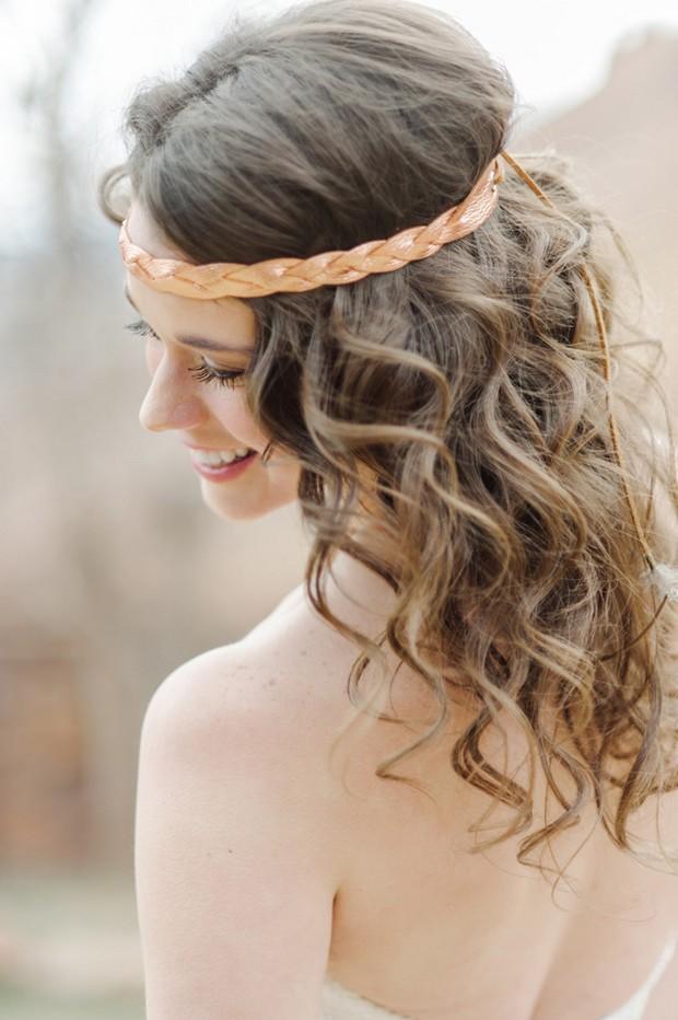 Ruffled - photo by http://www.juliecate.com/ - http://ruffledblog.com/lovestruck-wedding-inspiration/