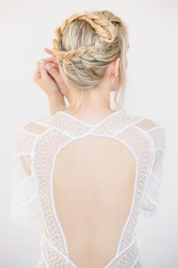 boho-wedding-hair-braid-circle-crown-boack