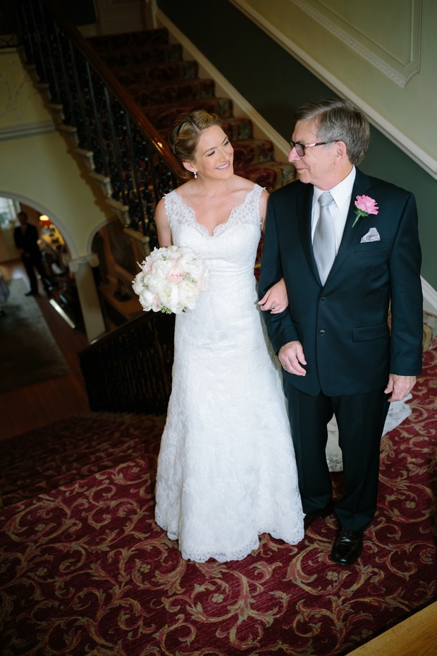 bride-father-walking-to-ceremony-room-hotel-mount-juliet (4)