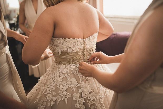 bride-in-tea-length-lace-applique-justin-alexander-wedding-dress (3)