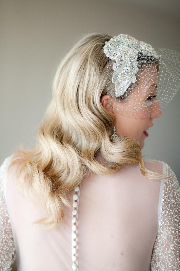 bride-with-birdcage-veil