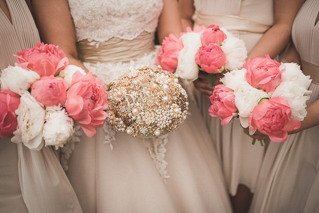 coral-cream-nude-wedding-bouquets-bride-bridesmaids