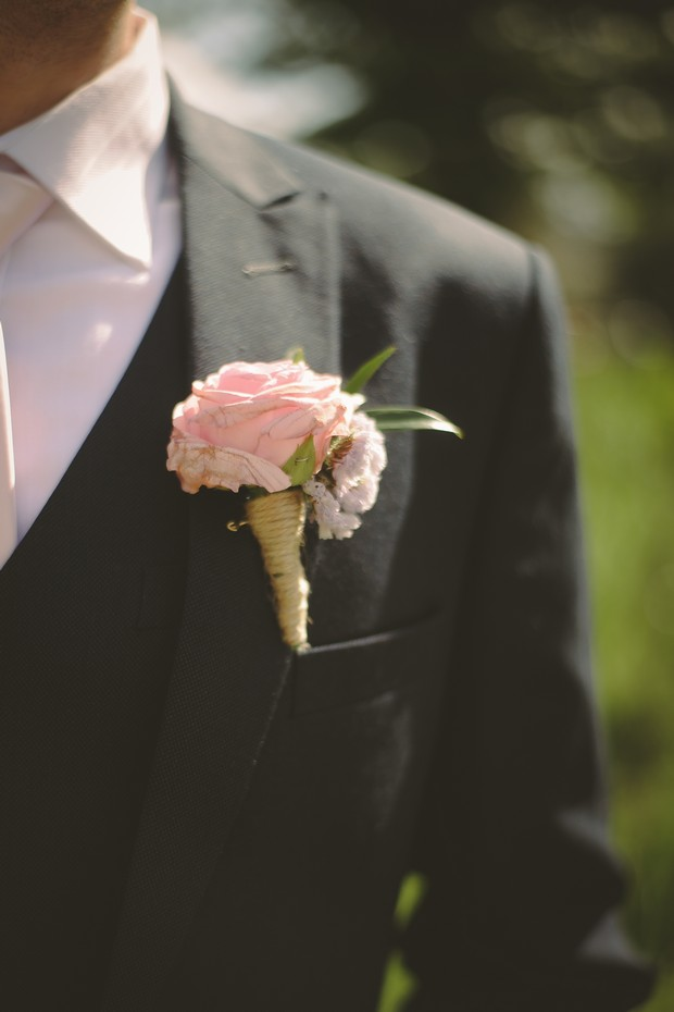 diy-pastel-pink-rose-twine-wedding-button-hole-hand-tied