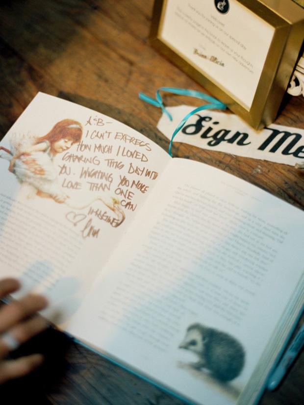favourite-book-wedding-guest-book