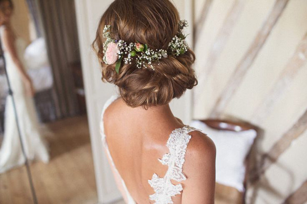 Bridal Updo Flower : Wedding hairstyles fab ways to wear flowers in your