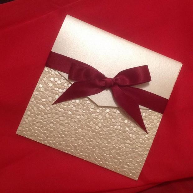 gold-glitter-wedding-invite-invitations-by-sparkle