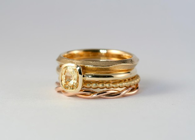 irish-jewellery-designer-modern-aoife-omahony-18ct-gold-sapphire-stack-ring