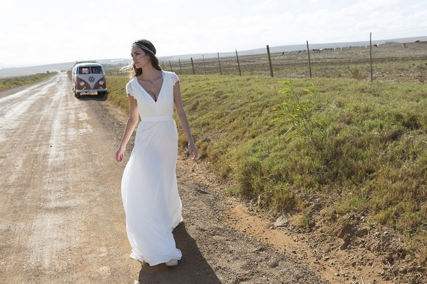 lotus-by-rembo-styling-boho-wedding-dress-diseñadores