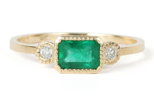 modern-emerald-engagement-ring-jennie-kwon-catbirdnyc