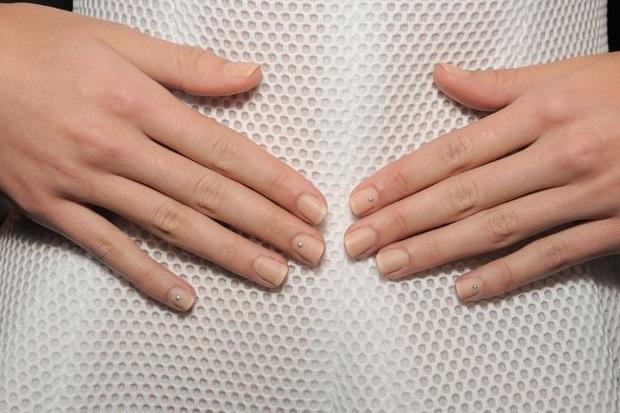 modern-wedding-manicure-nails-trend-2016 (1)
