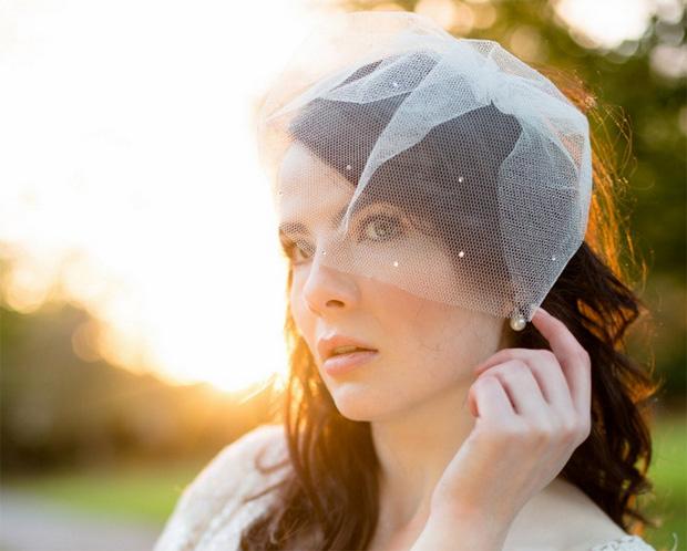 polka-dot-tulle-birdcage-veil-jules-bridal-jewellery