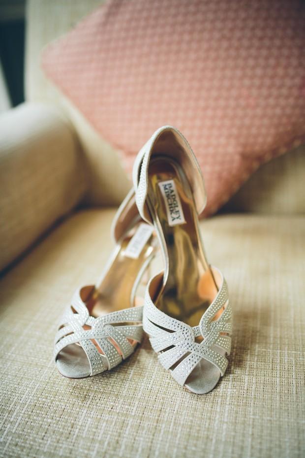 top-popular-wedding-shoes-badgley-mischka-gold-peep-toe-heels (1)