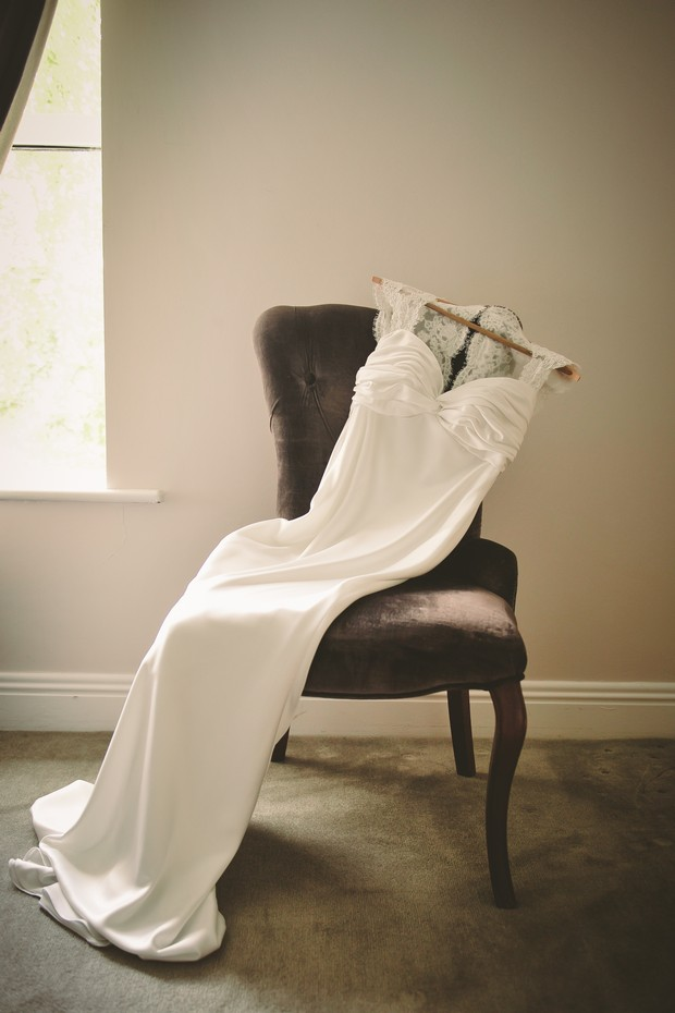 wedding-dress-photo-on-chair-hanger