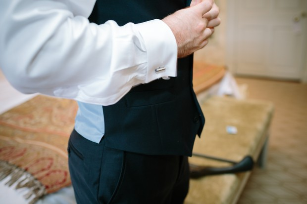 wedding-suit-fitting-groom-getting-ready-edenphotography