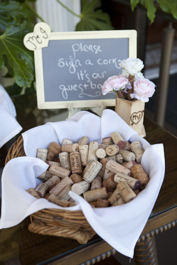 wine-cork-wedding-guest-book