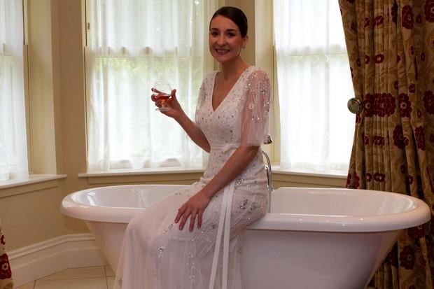 bride-getting-ready-real-wedding-kerry