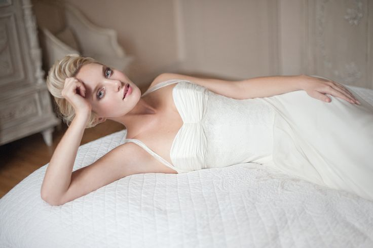 vestido-de-novia-frances-diseñador-Fabienne_Alagama_2014_sheath