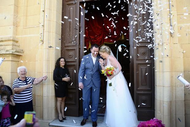 real-wedding-malta-confetti-exit