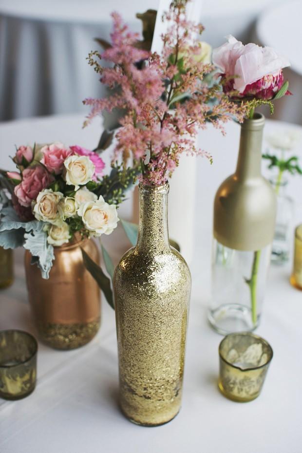 Rustic wedding centrepieces centerpiece ideas for Gold wine bottle centerpieces
