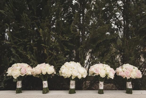 bride-bridesmaids-rose-wedding-bouquets