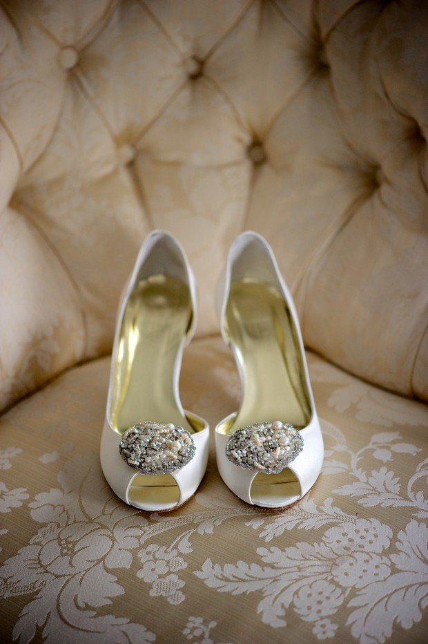 cream-peep-toe-wedding-shoes-details