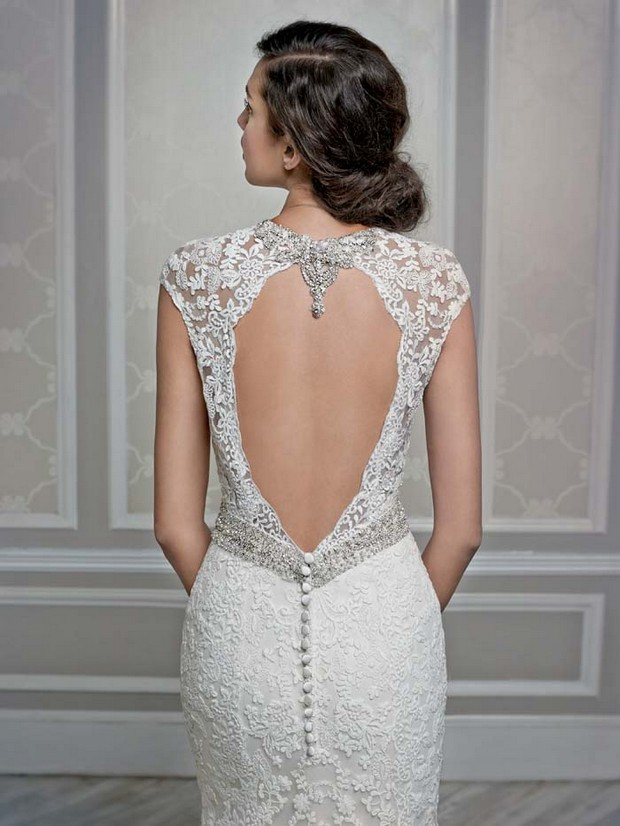 Deep Low Back Wedding Dress : Baby got back showstopping statement wedding