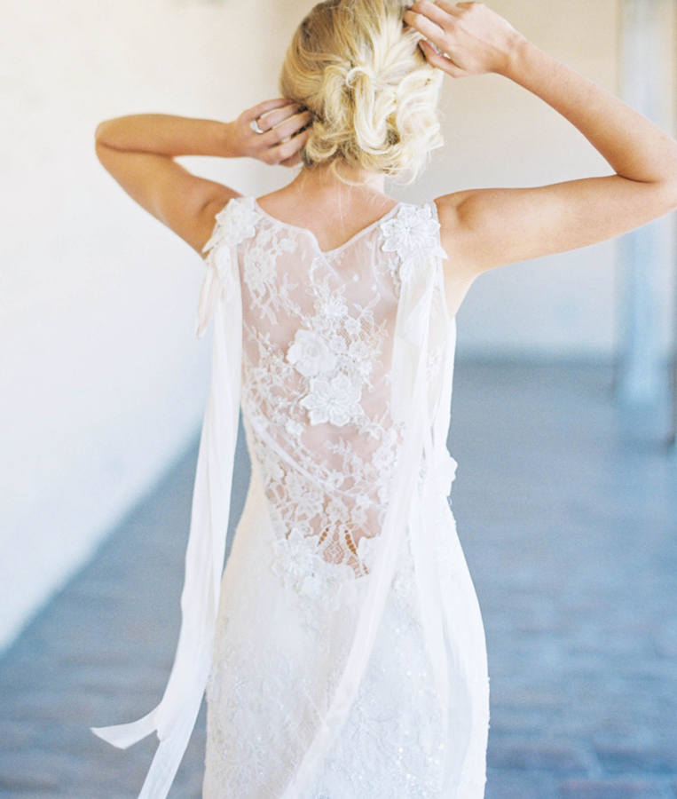 detailed-back-floral-lace-claire-pettibone-wedding-dress-smp