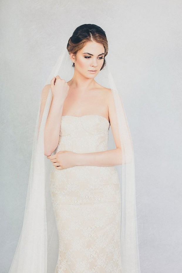 elizabeth-stuart-2015-wedding-dresses-bella