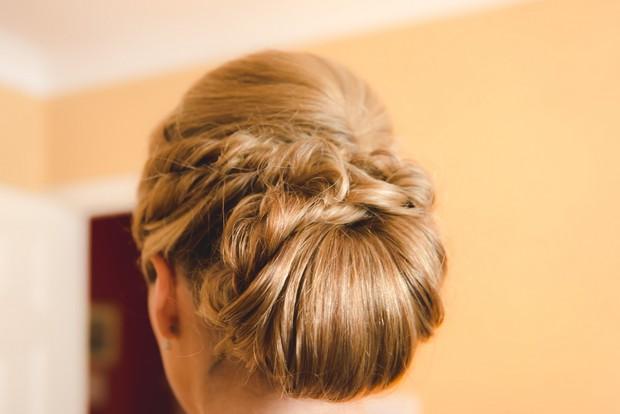 low-wrap-chignon_wedding-hair_up_do