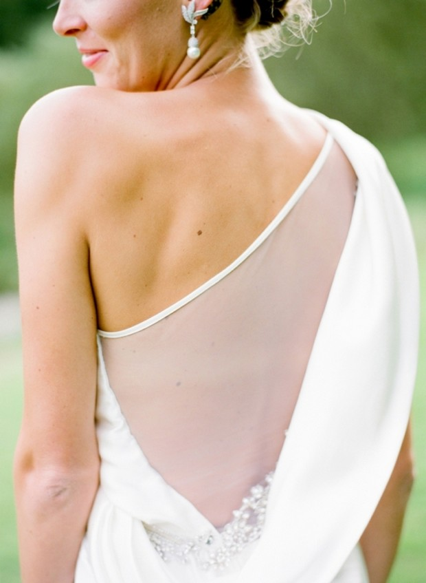 modern-detailed-wedding-dress-back-mirror-mirror-london