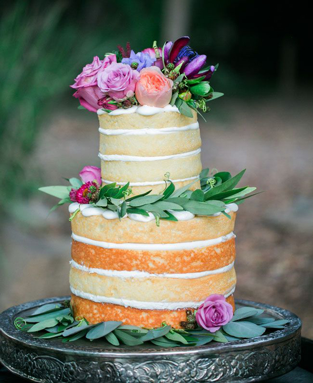 naeked-wedding-cake-with-flowers