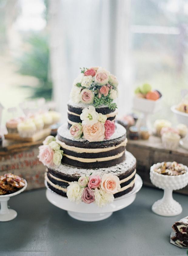 naked-wedding-cake-chocolate