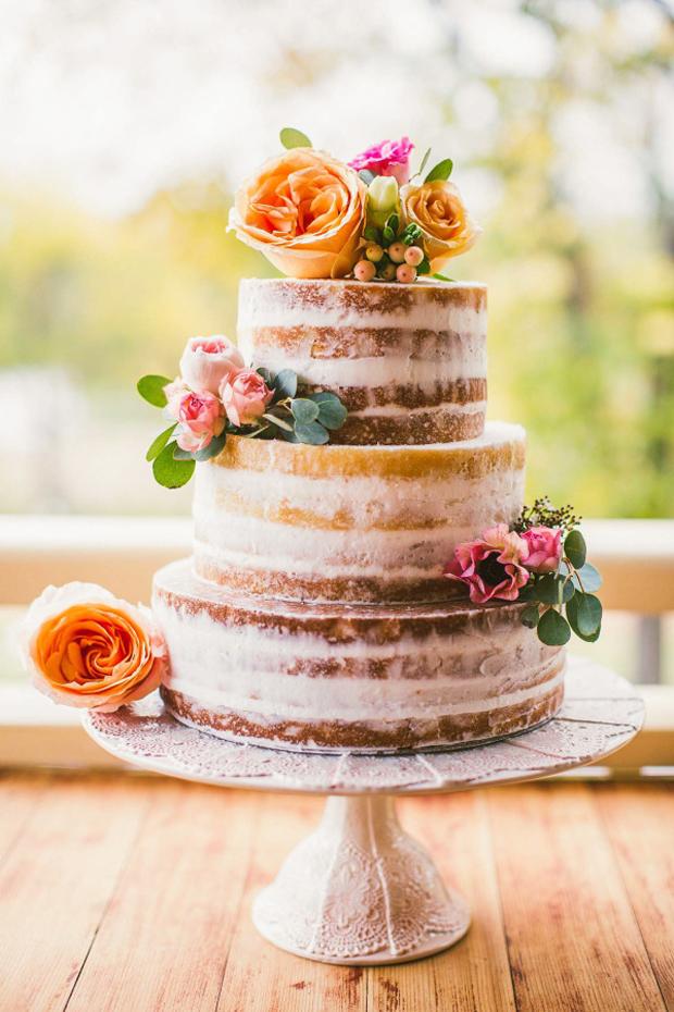 pretty-naked-wedding-cake