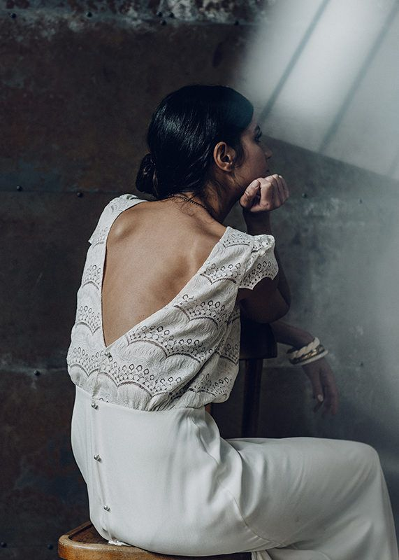 sexy-wedding-dress-backs-v-laure-de-sagazan-verlaine