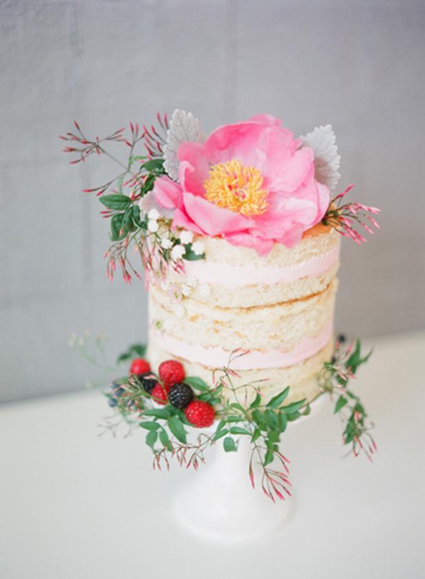 spring-naked-wedding-cake