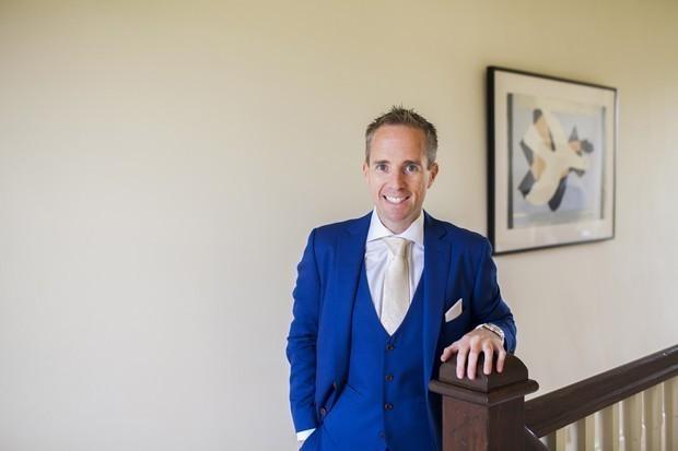stylish-groom-royal-blue-wedding-suit (4)