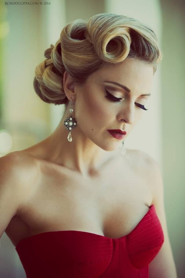 vintage-curl-wedding-hair-do
