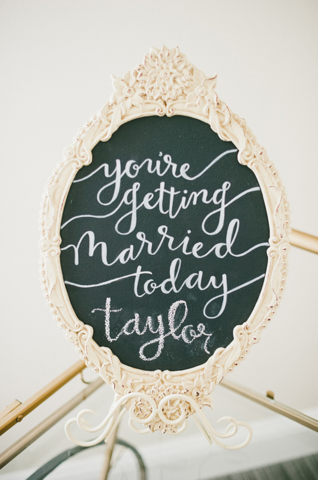 16 Adorable Wedding Signs You'll LOVE | weddingsonline