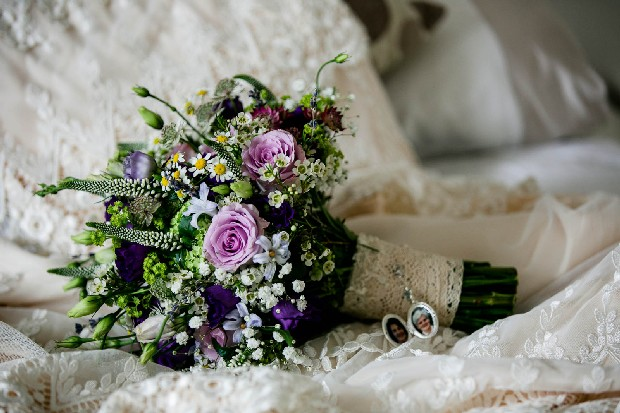 6-ways-to-remember-loved-ones-wedding-day-bouquet-brooch