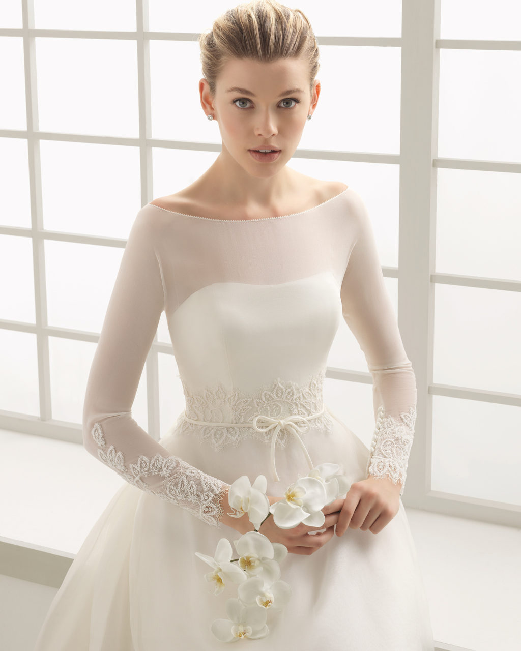 40+ Lush Long Sleeve Wedding Dresses