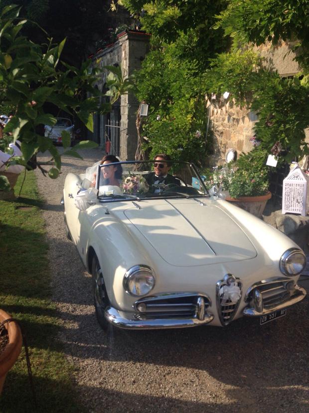lisa-cannon-richad-keatley-in-wedding-car