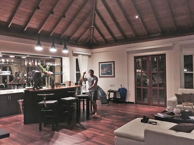 lisa-cannon-richard-keatley-seychelles-honeymoon2