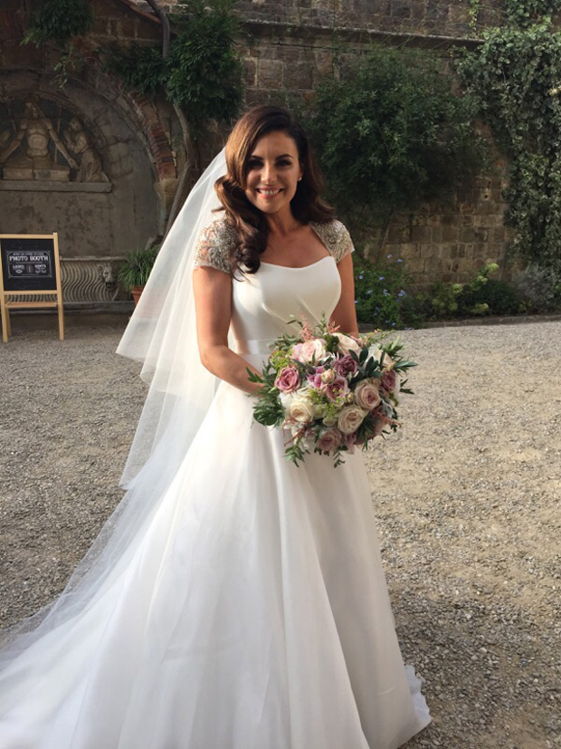 lisa-cannon-susanne-neville-wedding-dress