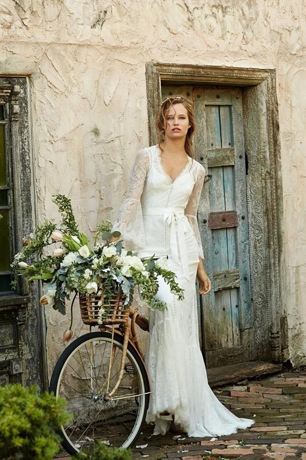 Long sleeved summer wedding dresses